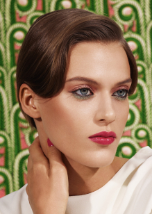 Friseur-Karben-La-Biosthetique-Make-up-Collection-Spring-Summer-2019