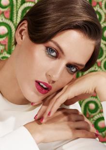 Friseur-Karben-La-Biosthetique-Make-up-Collection-Spring-Summer-2019-Exotic-Pink